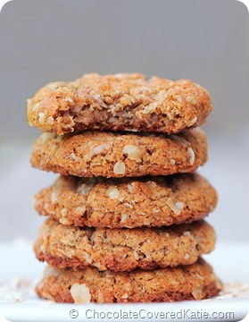 Homemade Oatmeal Almond Butter Cookies-- Just 6 ingredients, with NO oil & NO flour. Get the full recipe---> https://chocolatecoveredkatie.com/2014/05/14/almond-butter-cookies/
