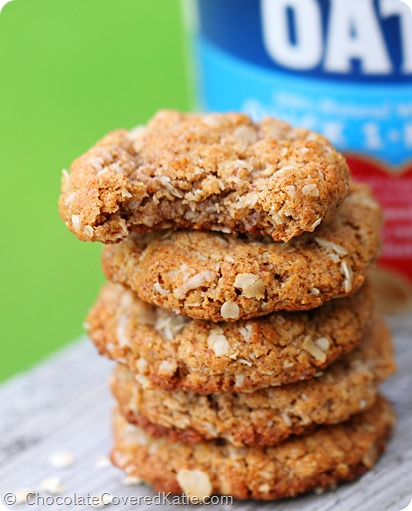 OATMEAL ALMOND BUTTER COOKIES - Can be flourless / oil-free / sugar-free / gluten-free / vegan http://chocolatecoveredkatie.com/2014/05/14/almond-butter-cookies/
