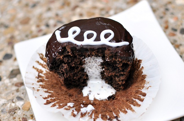 vegan cream cupcake
