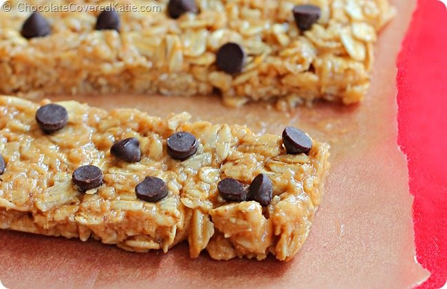 3 Minute No Bake Protein Bars: https://chocolatecoveredkatie.com/2014/08/11/protein-granola-bars/