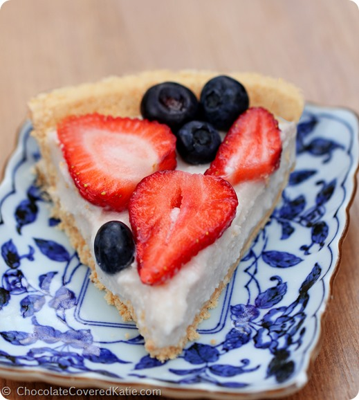 Just 5 ingredients, no baking required, all natural and healthy dessert: http://chocolatecoveredkatie.com/2014/06/30/light-summer-berry-yogurt-pie/