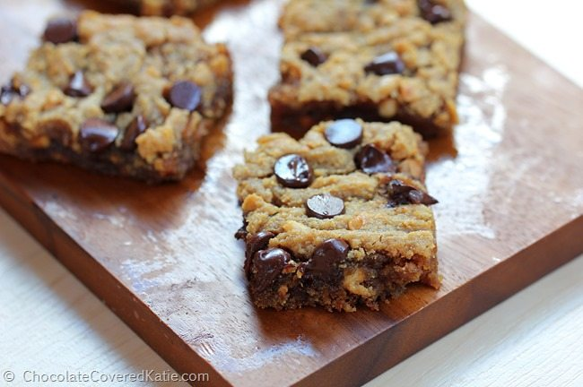 Chocolate Chip Peanut Butter Bars. Recipe: http://chocolatecoveredkatie.com/2015/03/18/chocolate-chip-peanut-butter-bars/ @choccoveredkt