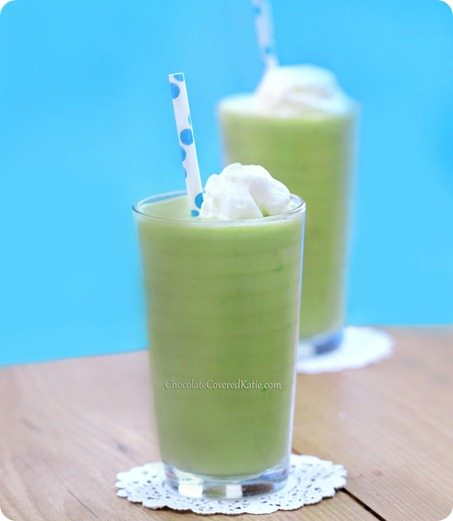 How To Use Avocado For A Healthy Breakfast Shake That Tastes Exactly Like A Vanilla Milkshake (Seriously) http://chocolatecoveredkatie.com/2013/09/23/avocado-smoothie/
