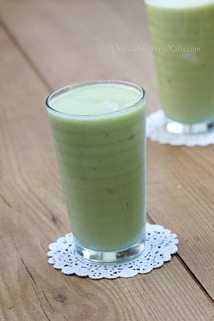 Avocado Drink - Tastes Exactly Like A Vanilla Milkshake (Seriously) http://chocolatecoveredkatie.com/2013/09/23/avocado-smoothie/