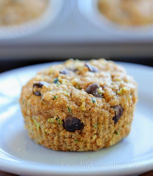 Zucchini Muffins – Ingredients: 1 cup grated zucchini, 1/2 cup chocolate chips, 1 tsp baking soda, 1 tsp vanilla extract, 3/4 cup… Full recipe: http://chocolatecoveredkatie.com/2013/04/25/chocolate-chip-zucchini-bread-muffins/ @choccoveredkt