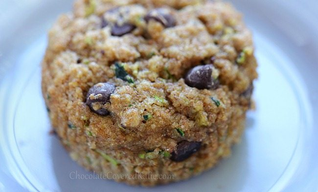Chocolate Chip Zucchini MuffinsDeliciously Healthy!