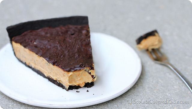 Chocolate Peanut Butter Cup Pie http://chocolatecoveredkatie.com/2014/02/17/chocolate-peanut-butter-cup-pie/