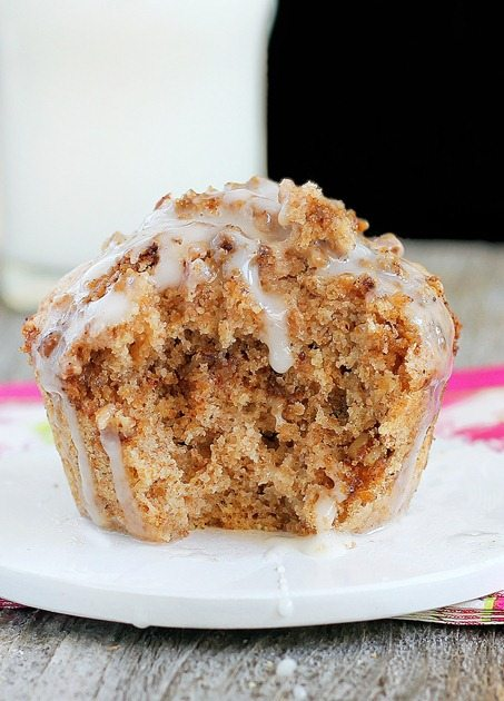 As seen on Buzzfeed - a single serving coffee cake in a mug that can be made in the microwave, for less than 150 calories in the entire recipe! Full recipe link: http://chocolatecoveredkatie.com/2012/05/14/1-minute-coffee-cake-in-a-mug/