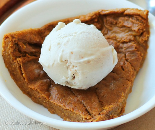 Crustless Pumpkin Pie - One of my favorite parts about Thanksgiving is the homemade pumpkin pie, and this recipe is a staple in my family. The texture is somewhere between a pie and a custard... and it's under 450 calories not just for a slice, but for the ENTIRE pie! Full recipe: http://chocolatecoveredkatie.com/2012/11/08/crustless-pumpkin-pie/ @choccoveredkt