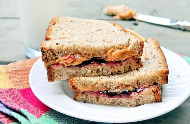 gingerbread sandwich