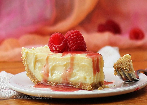 Ultra smooth and rich and creamy cheesecake from @choccoveredkt  that absolutely melts in your mouth! + NO cream cheese or heavy cream required! Recipe link: http://chocolatecoveredkatie.com/2012/09/24/greek-yogurt-cheesecake/