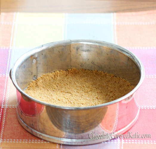 No butter or trans fat, can be low-fat and gluten-free. You'll never have to buy a prepared crust again. Full recipe here: https://chocolatecoveredkatie.com/2012/09/01/healthy-graham-cracker-pie-crust/