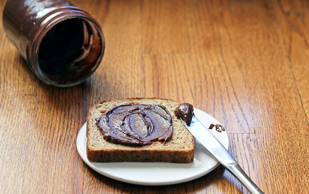 Healthy Nutella - {with half the calories!}