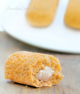 (Healthy) Homemade Twinkies with cream filling