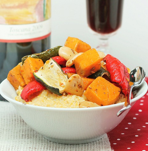 How to roast vegetables in the slow cooker. You can use any of the following vegetables: zucchini, red peppers... http://chocolatecoveredkatie.com/2013/01/10/how-to-roast-vegetables-in-the-slow-cooker/