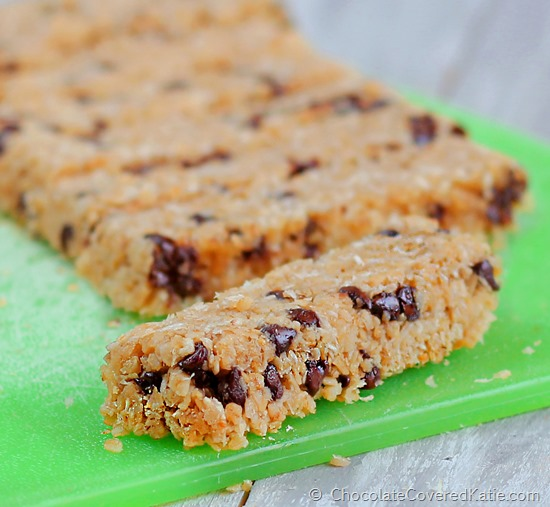 Recipe from @choccoveredkt can be sugar-free / gluten-free / vegan / with no flour and absolutely no high fructose corn syrup. Full recipe here: http://chocolatecoveredkatie.com/2014/11/16/coconut-chocolate-chip-magic-bars/