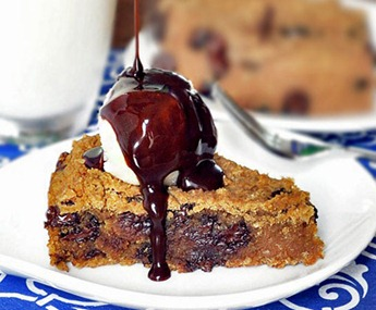 chocolate-chip-cookie-pie_thumb