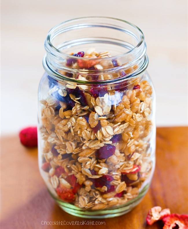 Healthy low fat granola recipe that can be gluten-free, dairy-free, high-fiber, and completely free of refined sugar. Recipe here: http://chocolatecoveredkatie.com/2015/04/09/low-fat-granola-recipe/