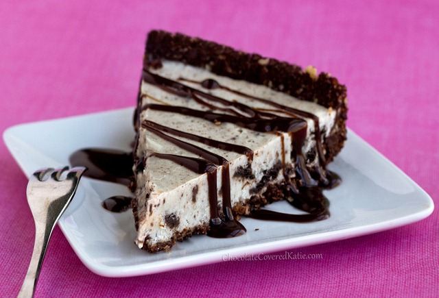 Secretly Healthy Oreo Cookie Pie, with no baking required: http://chocolatecoveredkatie.com/2013/05/03/no-bake-oreo-cookie-pie/