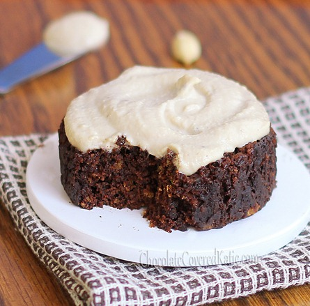 """A """"single-serving"""" chocolate cake that can be made in your microwave, tastes like a Reeses peanut butter cup, and is under 150 calories for the entire recipe: http://chocolatecoveredkatie.com/2012/10/08/chocolate-peanut-butter-cake-in-a-mug/"""