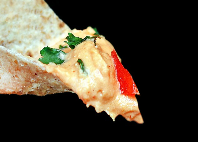 pizza hummus1