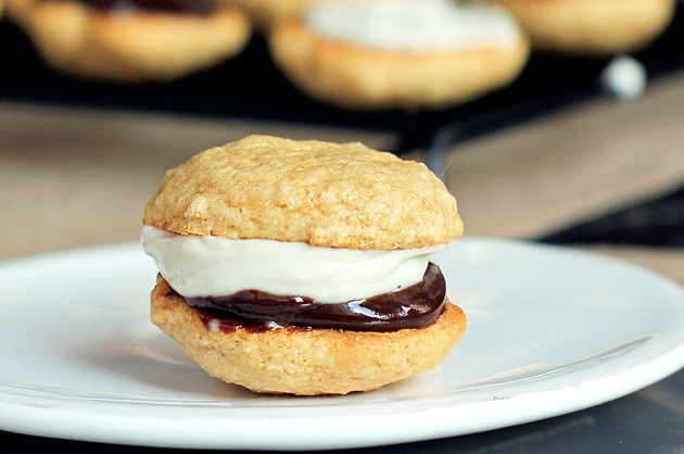 smores whoopie pie