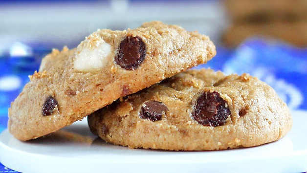 made a big batch of these healthy chocolate chip cookies, adapted ...
