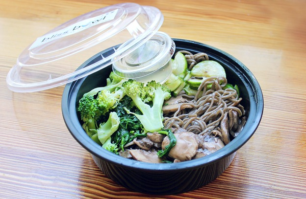vegan soba bowl