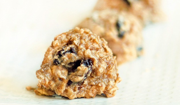 healthy oatmeal raisin cookies